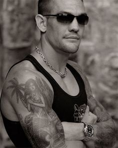 I find Leland Chapman incredibly sexy.