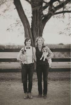 fotos de perros en el día de la boda con sus dueños | ActitudFEM
