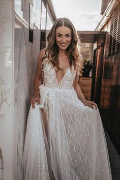 #MUSEbyBERTA beauty ♥ Muse By Berta, Love Fairy, Formal Dresses, Wedding Dresses, Barcelona, Beauty, Collection, Fashion, Bridal Dresses