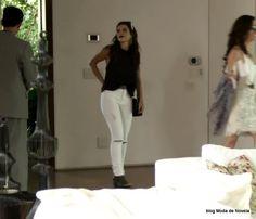 Mais 4 fotos de outro look da Milena dia 5 de janeiro na novela Sol Nascente | Moda de Novela