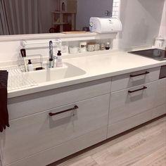 Kitchen/時計/ねこ/キャンドゥ/キャットタワー/IH...などのインテリア実例 - 2018-01-16 05:38:03 | RoomClip (ルームクリップ) Kitchen Interior, Kitchen Design, Japanese Kitchen, Natural Interior, Home Reno, Double Vanity, House Plans, Sink, Interior Decorating