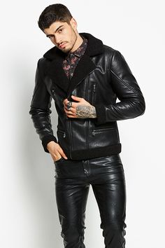 Mens Long Jacket, Denim Jacket With Hoodie, Men's Jacket, Mens Fashion Wear, Fashion Moda, Leather Fashion, Mens Leather Pants, Leather Jacket Outfits, Leather Jackets For Men