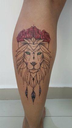 Lion and roses Dream Tattoos, Love Tattoos, Tattoos For Women, Skull Tattoos, Animal Tattoos, Body Art Tattoos, Pretty Tattoos, Beautiful Tattoos, Lion Leg Tattoo