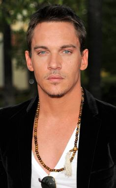 He may have played England's King Henry the VIII on The Tudors, but the Dublin-born hottie is all Irish.