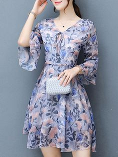 Women's Trendy Dresses has never been so Magical! Since the beginning of the year many girls were looking for our Fresh guide and it is finally got released. Now It Is Time To Take Action! Trendy Dresses, Nice Dresses, Casual Dresses, Fashion Dresses, Summer Dresses, Lolita Dress, Skirt Outfits, Cute Fashion, Chiffon Dress