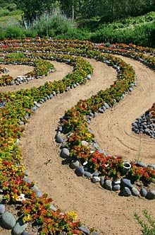 Labyrinth Designs Garden find this pin and more on labyrinth gardens Paisagismo