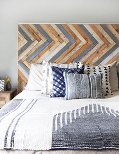 DIY Wood Headboards That Even the Beginner Can Build 13 DIY Wood Headboard That Even the Beginner Can Build: Herringbone Wood Headboard From I Spy DIY Wood Headboard That Even the Beginner Can Build: Herringbone Wood Headboard From I Spy DIY Rustic Wooden Headboard, Rustic Headboards, Bedroom Rustic, Home Decor Bedroom, Diy Home Decor, Bedroom Sets, Dream Bedroom, Master Bedroom, Herringbone Headboard