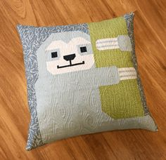 Sewing Pattern, Elizabeth Hartman, Sleepy Sloth Quilt and Pillow Pattern