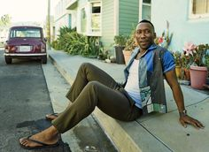 """ludi-lin: """"Mahershala Ali photographed by Peggy Sirota for GQ Magazine ** """" Mahershala Ali, My Black Is Beautiful, Beautiful People, Gq Usa, What To Wear Today, How To Wear, Olive Chinos, Best Mens Fashion, Men's Fashion"""