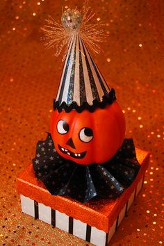 antique Pumpkin Head costume | ... Crafts » Blog Archive » Make a Vintage-Inspired Pumpkin Head Box