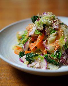 冬野菜の胡麻味噌マヨ和え Healthy Diet Recipes, Salad Recipes, Home Recipes, Potato Salad, Cabbage, Food And Drink, Yummy Food, Pasta, Nom Nom