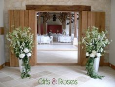 Large wedding enterance flowers, Girls and Roses - Paris Wedding Flowers