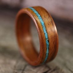 Bentwood Ring - Santos Rosewood Wooden Ring with Offset Turquoise Inlay - Handmade Wood Wedding Ring - Custom Made - Ringe -