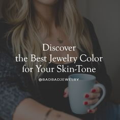 What's the best color jewelry for olive skin tone? How do you wear rose gold color? What looks good, white gold versus yellow gold? Learn how to choose a jewelry color that looks good on you! Cool Skin Tone, Colors For Skin Tone, Good Skin, Pink Scrunchies, Olive Skin, Face Contouring, Tan Skin, Maybelline, Nyx