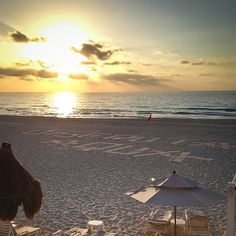 Live Aqua Cancun http://m.flickr.com/photos/nanpalmero/ #sunorsincity