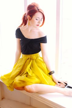 Black and yellow - so classy!