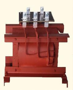 Existem transformadores de 220V para 380V que servem de conversores de redes trifásicas em bifásicas ou monofásicas, com o intuito de realizar a proteção da máquina do cliente contra distorções harmônicas, além de realizar a isolação entre rede e carga. Veja mais no link! http://www.solucoesindustriais.com.br/empresa/maquinas-e-equipamentos/kimarki/produtos/energia_e_meio_ambiente/transformador-220-para-380-preco