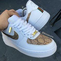20 Shoes shoes High Heels For College - - Stylische schuhe - Sapatos Jordan Shoes Girls, Girls Shoes, Souliers Nike, Sneakers Fashion, Fashion Shoes, Men Fashion, Fashion Outfits, Gucci Fashion, Fashion Today