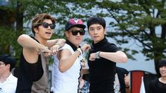 2PM# Wooyoung and Chansung in Running Man dance