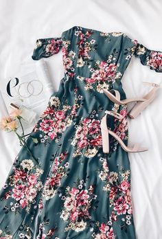 Take a romantic walk in the Primrose Path Sage Green Floral Print Maxi Dress! Gauzy woven off-the-shoulder maxi dress in a lovely floral print. Flower Dresses, Cute Dresses, Casual Dresses, Summer Dresses, Dresses With Sleeves, Maxi Dresses, Maxi Skirt Outfit Summer, Dress Outfits, Trendy Dresses