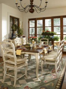 Beautiful French Country Dining Room Ideas (5)