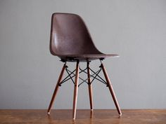 Eames LOVE !!!! WANT