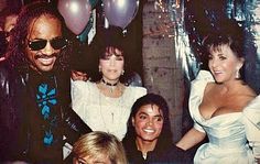 #MichaelJackson, #StevieWonder,#CaroleBayerSager, & #ElizabethTaylor