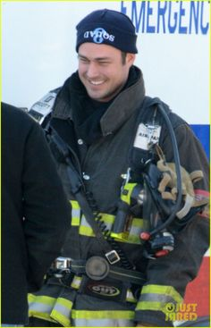 Taylor Kinney Films 'Chicago Fire'