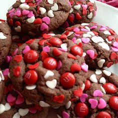 devil's food chocolate cake mix cookies - Sallys Baking Addiction-use no sugar cake mix Valentines Day Cookies, Valentine Love, Homemade Valentines, Valentines Day Treats, Kids Valentines, Valentine Desserts, Valentine Party, Printable Valentine, Valentine Special