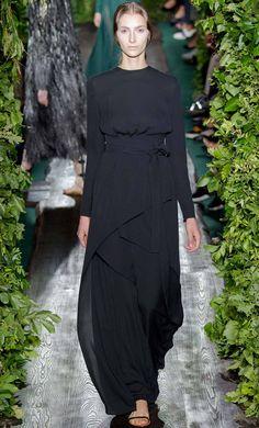 "soullovelyfashion: ""Valentino Fall Winter 2014 Haute Couture. More Best Looks at Fall Winter 2014 Haute Couture. """