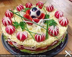 Salat - Torte (Rezept mit Bild) von Küchenhexe75   Chefkoch.de