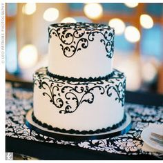 Real Weddings - A Forrest Wedding in Estes Park, CO - Black Swirl Cake