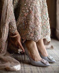 What's Good To Choose For Wedding: Bridal Flats Or High Heels? Pakistani Bridal, Indian Bridal, Bridal Mehndi, Bridal Lehenga, Pakistani Dresses, Kebaya, Love Couture, Bridal Sandals, Wedding Heels