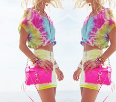 Is Tie-Dye Back In Style? - http://styleitrockit.com/is-tie-dye-back-in-style/