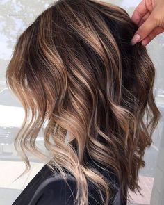 17 Stunning Examples of Balayage Dark Hair Color - Style My Hairs Ombré Hair, Hair Dos, Lob Hair, Curly Hair, Hair Color Balayage, Hair Highlights, Medium Brown Hair With Highlights, Brown Lob, Medium Hair Styles