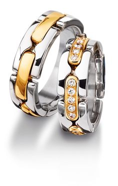 Check out this Furrer Jacot Men's Band in Two-Tone with Diamond Accents! Platinum Wedding Rings, Platinum Jewelry, Diamond Jewelry, Wedding Ring Hand, Wedding Bands, White Gold Diamonds, Colored Diamonds, Red Gold, Couple Rings