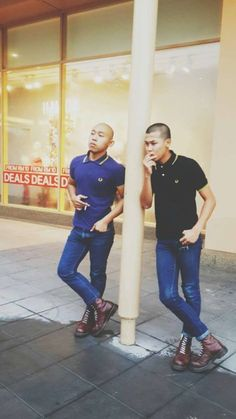 Skinheads in Indonesia Chica Skinhead, Skinhead Men, Skinhead Boots, Skinhead Fashion, Mod Fashion, Fashion Boots, Fashion Styles, Mens Fashion Sweaters, Stylish Mens Outfits