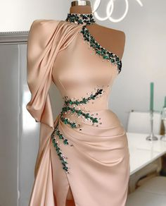 #nude #silk #emerald #silver #crystals #details #donamatoshi
