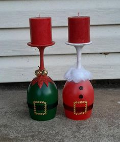 Santa Claus And Elf Wine Glass Candle Holder Handmade Handmade Christmas Crafts, Diy Christmas Decorations Easy, Diy Holiday Gifts, Diy Wine Glasses, Decorated Wine Glasses, Wine Glass Crafts, Wine Bottle Crafts, Christmas Wine Bottles, Diy Christmas Wine Glasses
