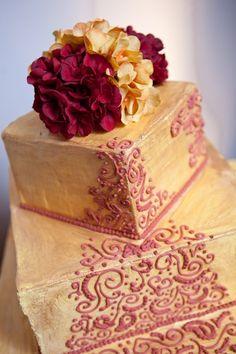 Wood finish wedding Cake Mumbai
