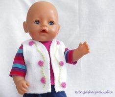 ompele Baby Born nukelle Sissi, Baby Born, Doll Clothes, Couture, Dolls, Sewing, Face, Crafts, Patterns