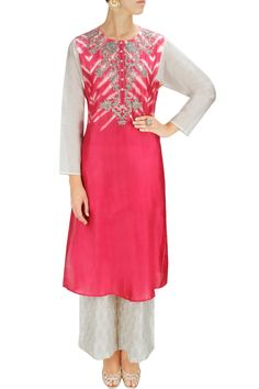 PINK PASSION - Fuchsia and white embroidered kurta with block printed palazzos by Krishna Mehta. Indian Suits, Indian Wear, Indian Blouse, Pakistani Dresses, Saree Blouse, Tunics, Designer Dresses, Cold Shoulder Dress, Tunic Tops