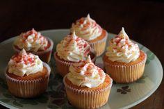 Vanilla cupcakes Vanilla Cupcakes, Mini Cupcakes, Rome, Desserts, Vanilla Bean Scones, Deserts, Rum, Dessert, Postres