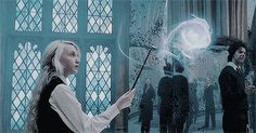 frayclary: Things we lose have a way of coming back to us in. Evanna Lynch, Harry Potter Gif, Harry Potter Collection, Luna Lovegood, Ravenclaw, Art Tips, Fantastic Beasts, Stunts, Hello Everyone