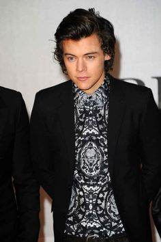 But especially when Harry Styles stepped out wearing the most perfect of black-and-white shirts.