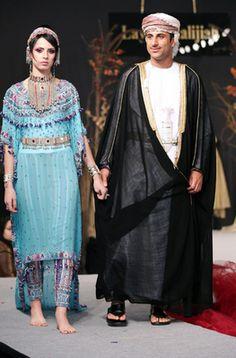 How To Live Like an Omani Princess: Omani Traditional Dress on the Runway Beautiful Costumes, Ethnic Dress, Oriental Fashion, Folk Costume, Traditional Dresses, Beautiful People, Fashion Dresses, Dress Up, Feminine