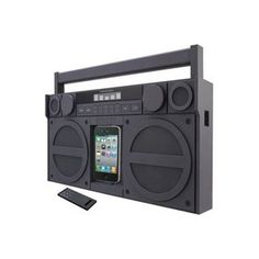 Retro boombox that plays Iphone and Ipod
