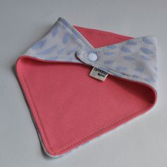 Reversible dribble bib. SO CUTE!!!!!  from Milk and Masuki - handmade using 100% organic cotton and hand printed $18.95