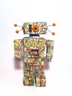 Paper Mâché One Eyed Robot. Robots of by BrooklynClayandPaper, Paperclay, Robots, Art Dolls, School Stuff, Art Ideas, Diy Crafts, Symbols, Sculpture, Handmade Gifts