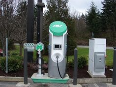 West Coast Electric Highway Expands to Washington, Now Extends to Canadian Border